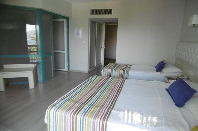 Tropical-Beach-Marmaris-Oda-289386